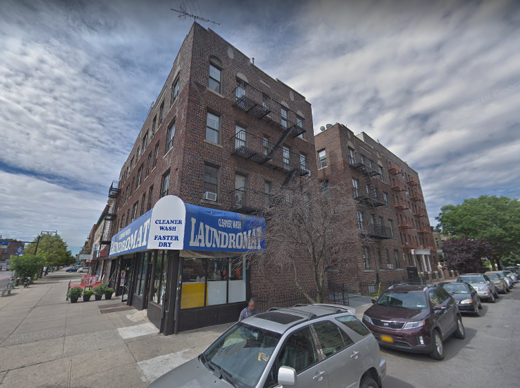 Police arrested murder suspect Wilbert Bryant at 292 Maple St. in Brooklyn. Photo via Google Maps.