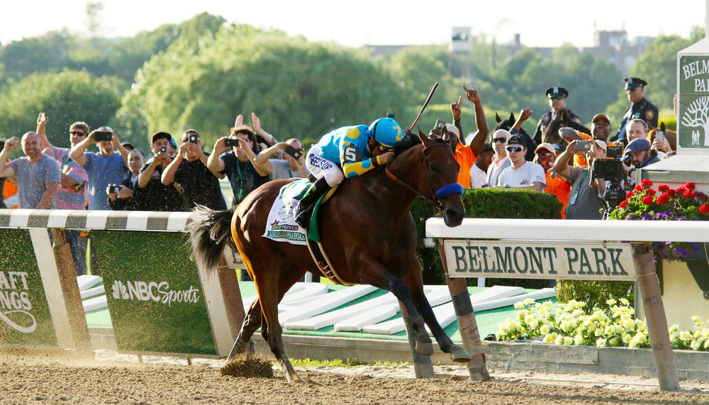 American Pharoah races to Triple Crown victory in the 2015 Belmont Stakes in Belmont Park near the Queens border. The site could host a new stadium for the New York Islanders, along with a massive mall and hotel. Photo by Mike Lizzi.