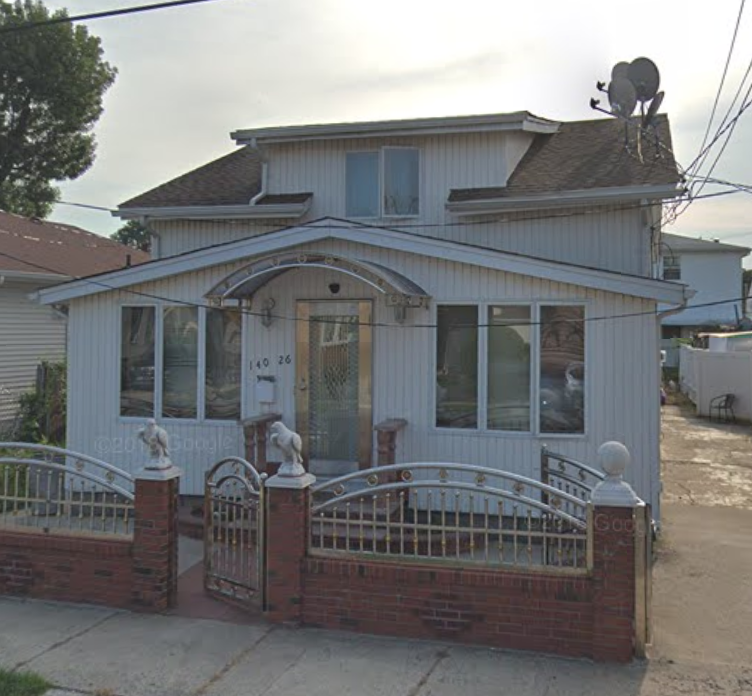 A fire at 140-26 160th Avenue in Springfield Gardens killed an 8-year-old boy who lived there. Photo via Google Maps