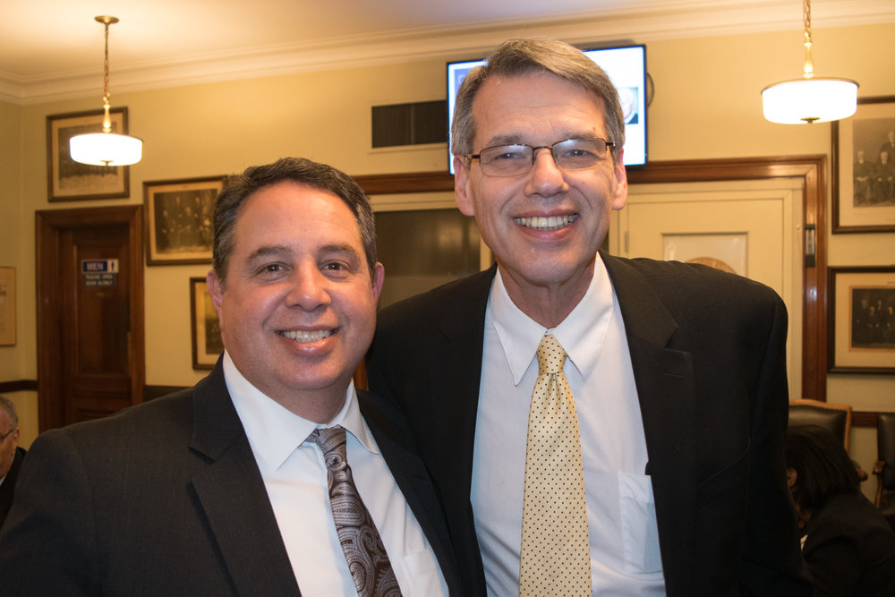Joseph Rosato (left), president of the Columbian Lawyers Association of Brooklyn, and Hon.Lawrence Knipel, administrative judge of the Brooklyn Supreme Court, Civil Term.