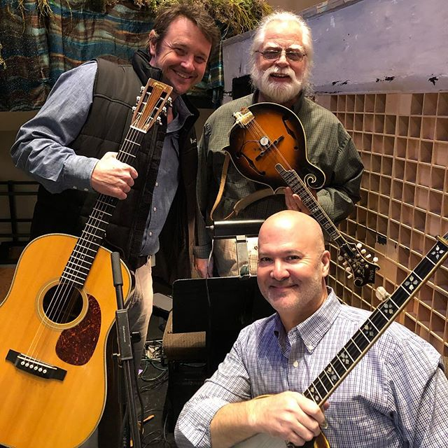"""Such a great run with these good and longtime friends! """"Bright Star"""" by @stevemartintogo and @edie_brickell is a phenomenal musical!  #musicboxtheatre #brightstar #stevemartin #ediebrickell #americanamusic #bluegrassmusic #countrymusic #Brenau university #atlantamusicscene #martinguitar #gibsonbanjo #mandolin"""