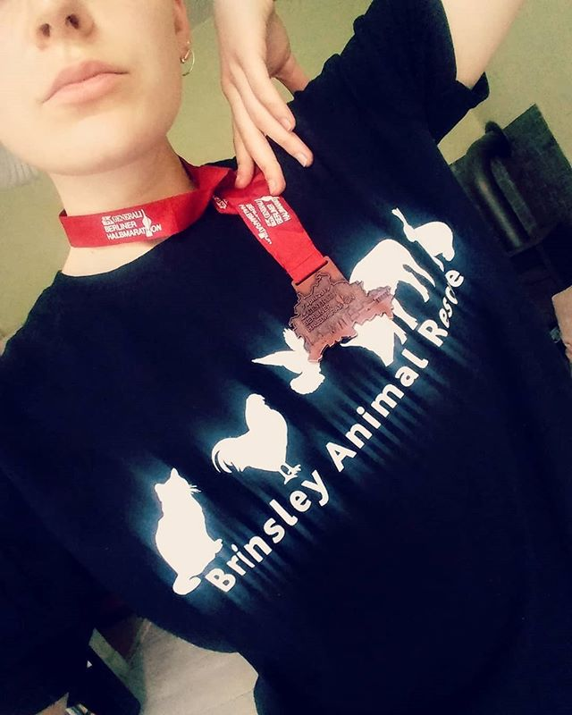 Only went and ran a half marathon last weekend. Didn't get a chance to post yet but massive thanks to everyone who sponsored and donated money to @brinsley_animal_rescue. You're all stars and every €£ makes a difference. Now all you need to do is go vegan 💅 You can still donate if you didn't manage to yet! Link in my bio - give me a shout if any probs cos I hear people have had problems trying to pay in €€€ NIGHTMARE XXXX