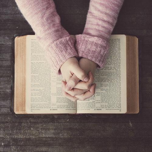 bibleStudiesWomens.jpg