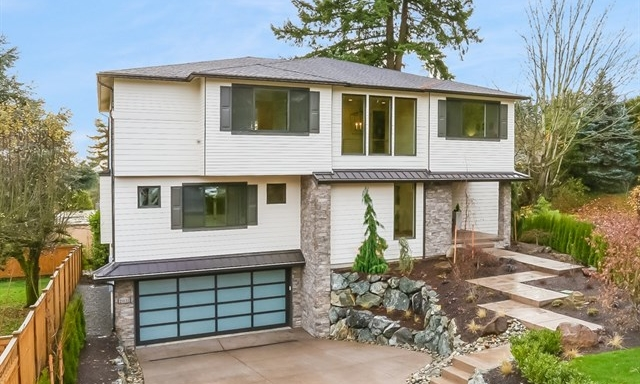 2031 102nd Ave NE · Bellevue · $2,720,000