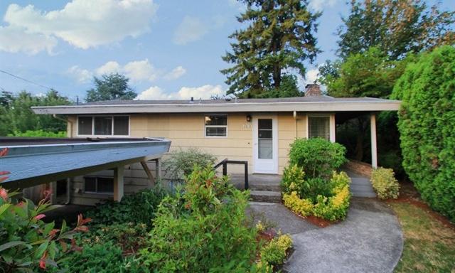 2031 102nd Ave NE · Bellevue · $850,000
