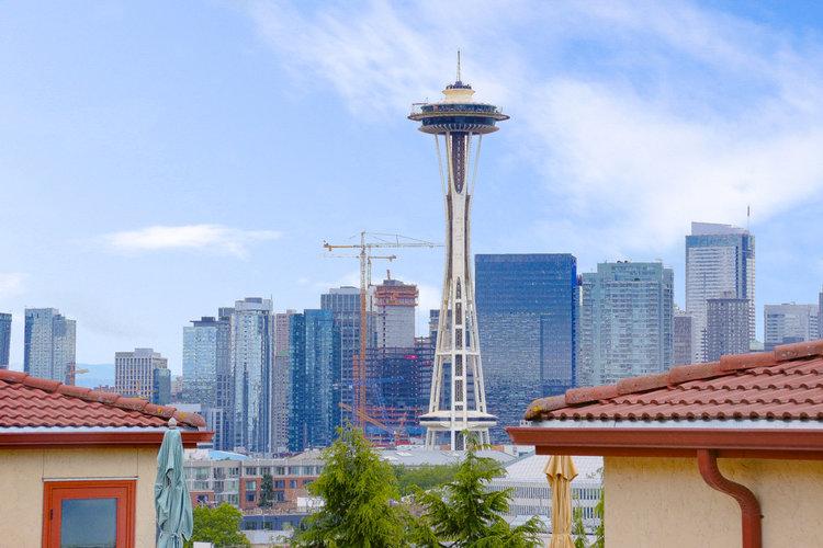 501 W Olympic Pl #B · Seattle · $998,000