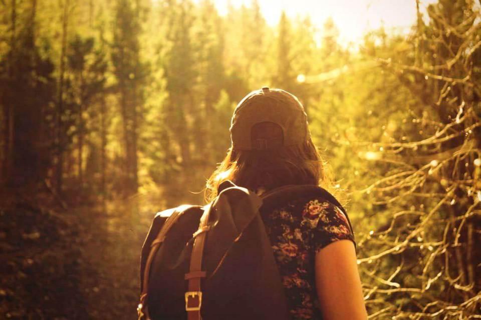 best-hikes-for-solo-female-travelers-2.jpg