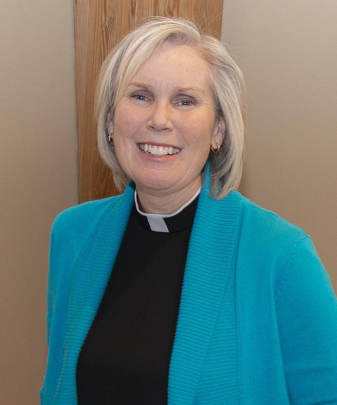 Pastor Lynn Photo.jpg