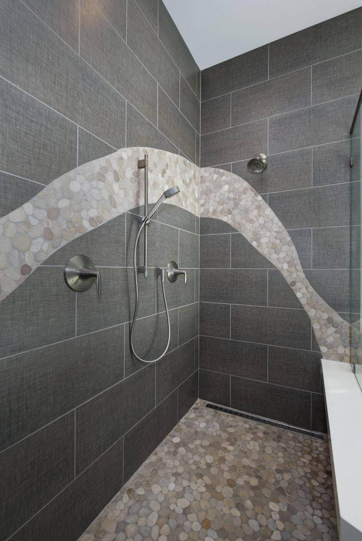 21_master shower.jpg