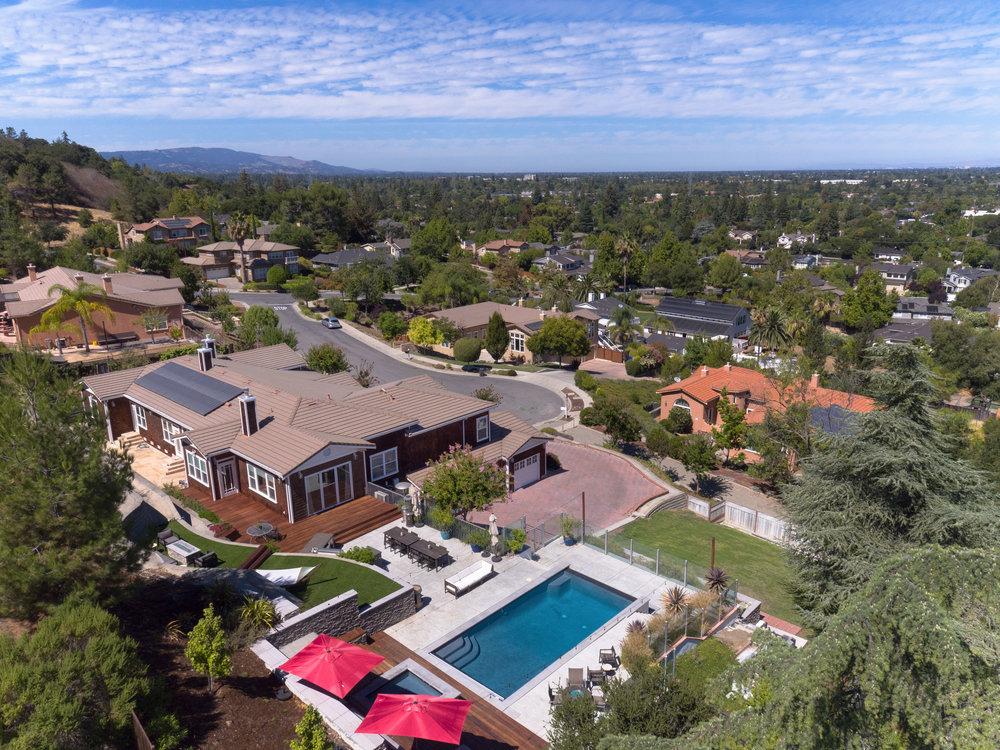 31_drone of backyard.jpg