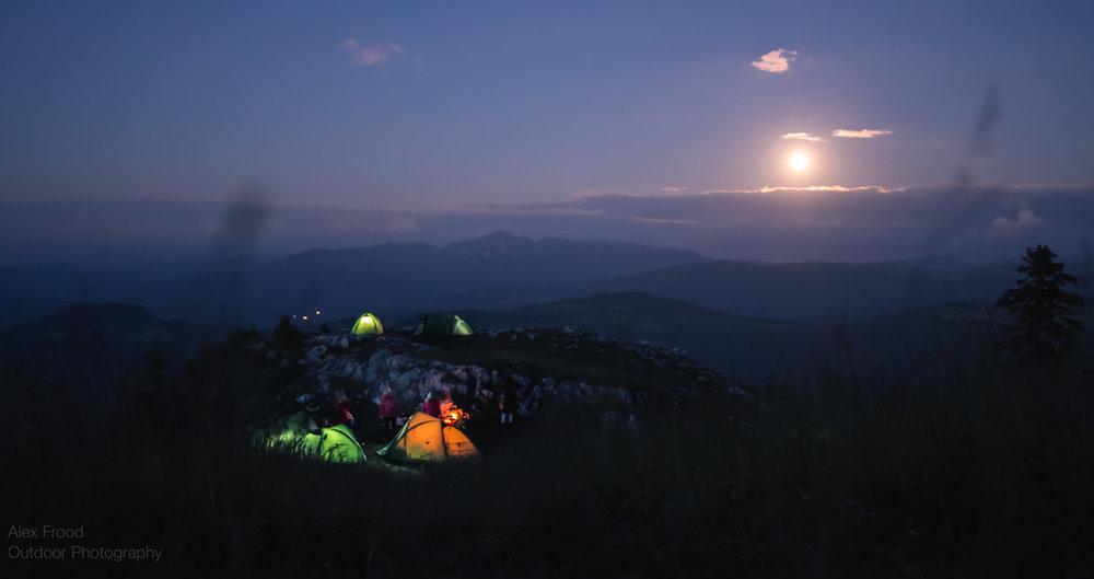Piatra Mare, Moonrise over Camp