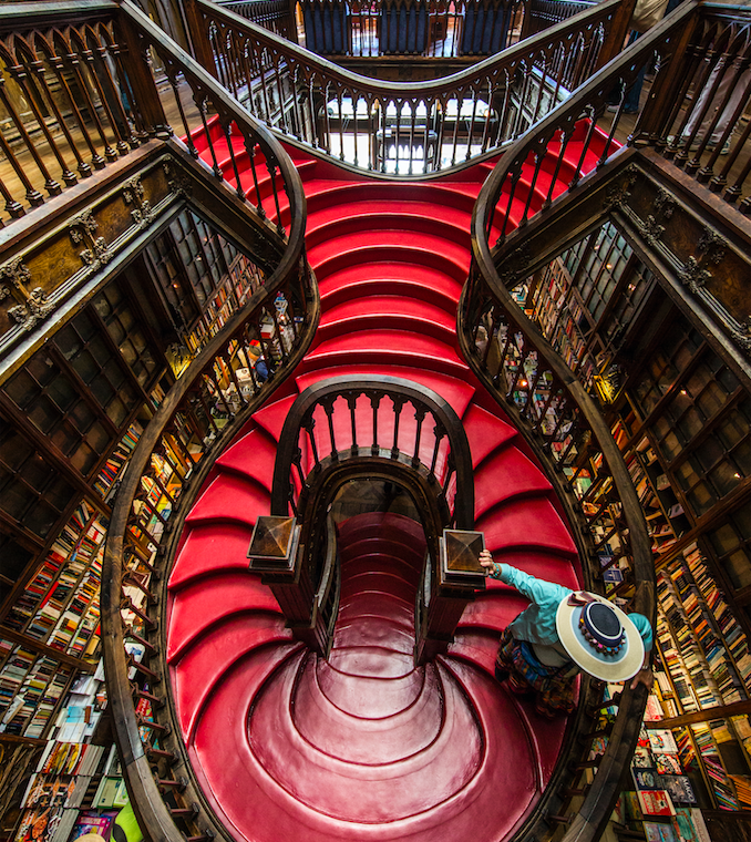 Porto-photo-tour-lello.jpg