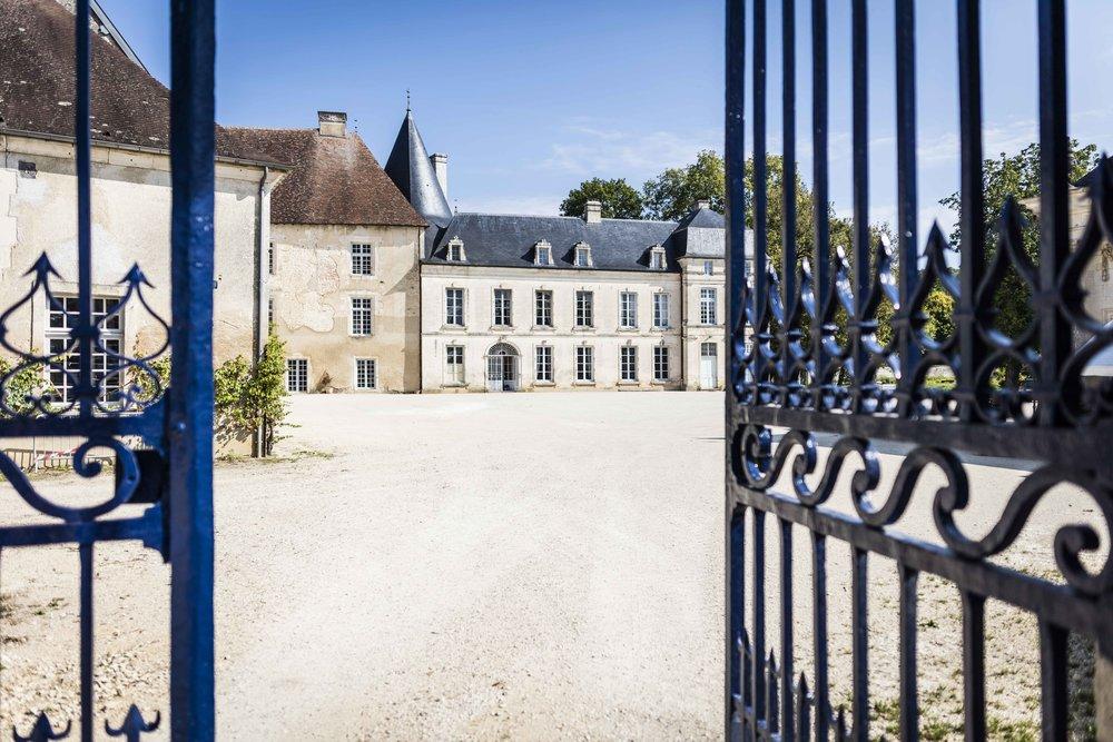 Grille entrée château de Taisne
