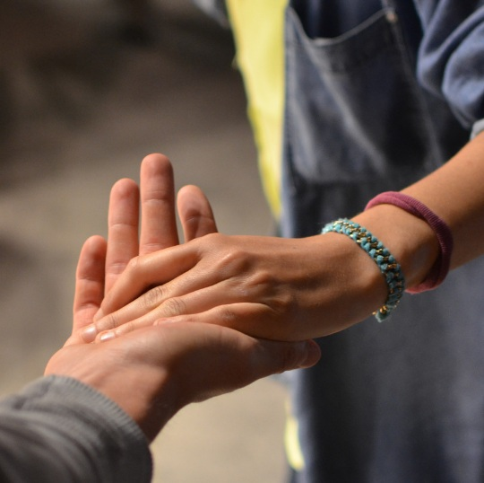 hand+in+hand.jpg