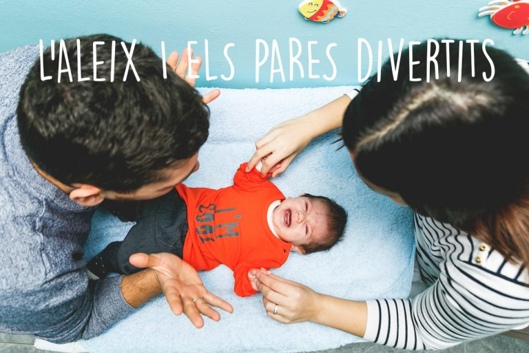 FOTOGRAFIA-FAMILIA-ALEIX-TITOL-768x512 (1).jpg