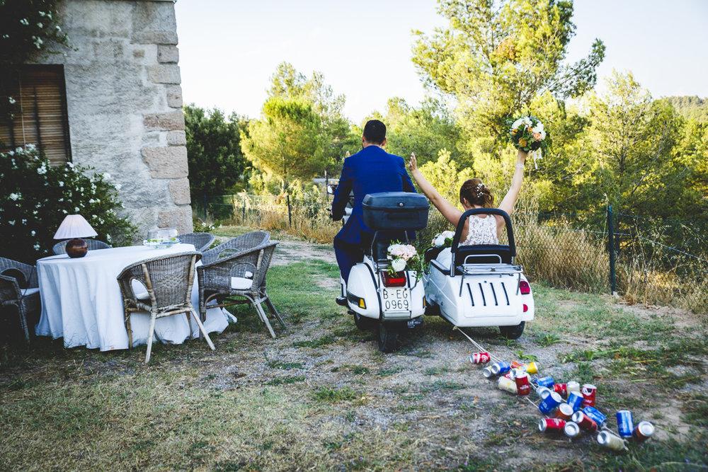 vespa sidecar boda novios.jpg