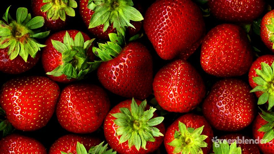 smoothies-with-strawberries-by-Green-Blender-960x540.jpg