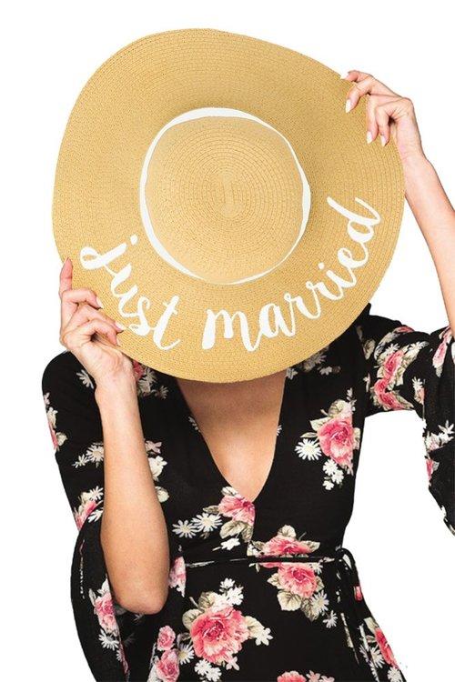 c3de3e59 Just Married Hat. 9997731_77675432-7461-4dc7-b4b1-b4c72c8615a4.jpg