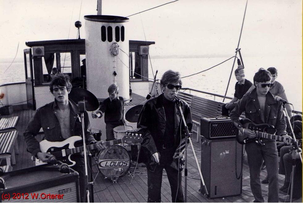 Kopie von 003_The_Clouds_1967_River_boat_shuffle_Ammersee_B Kopie.JPG