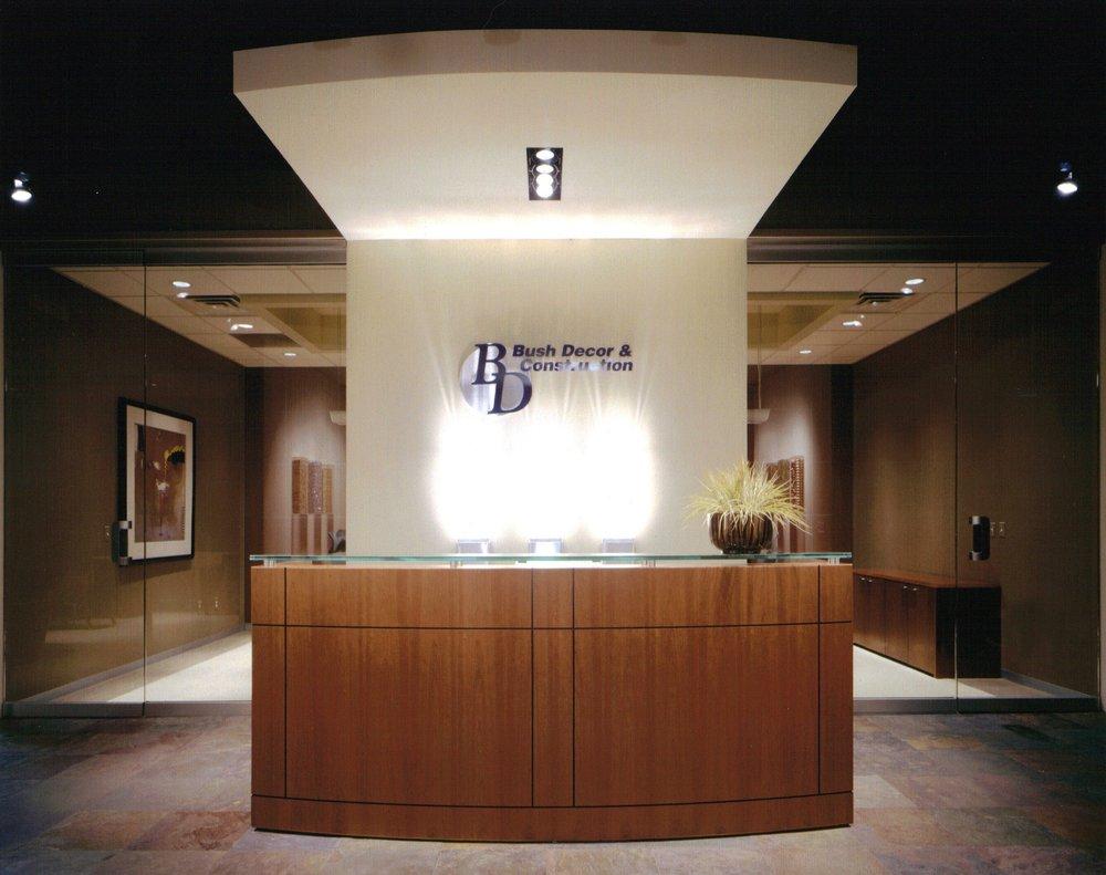MLD Pg9 Photo1 Reception desk.JPG