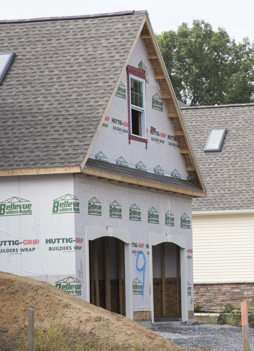 BDC Builders' Construction Features - • 2x6 Exterior Walls w/ Fiberboard Sheathing• 3/4