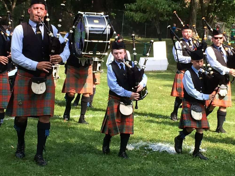 Learn Bagpipes and Drums - St. Columcille is dedicated to teaching the next generation of bagpipers and drummers and provides free, expert tuition.