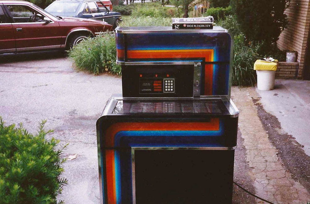 The magnificent jukebox I was exposed to growing up. So beautiful.