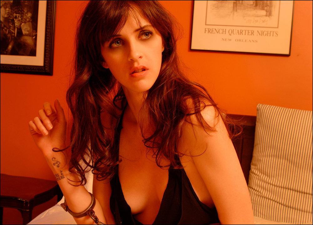 Shannon at the Sugar Hill Harlem Inn, 2008