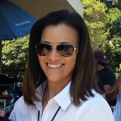 Detective Mitzi Roberts