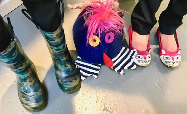 Paquito really fits in with the cool shoes crowd. . . . . #projectsqueeble #playfriend #handmadehour #fiberartistsofinstagram #upcycledart #upcycledesign #artforyourhome #artforinteriors #handmadewithlove❤ #textilesdesign #creativehappylife #calledtobecreative #createmakeshare #craftsposure #makersvillage #modernmaker #wearethemakers #createdtocreate #fiberart #fiberarts #originalartwork #handmade #artoftheday #makersmovement #makersgonnamake #makers #monsters #textiles #squishy #snuggles
