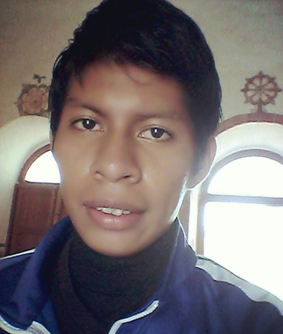 Mi nombre; Jorge Gabriel Gutierréz Taceó, Soy de Roboré, egresado de la Escuela Taller de la Chiquigania(E.T.CH.) en la especialidad de Turismo en Roboré, mi pasatiempo es el Futbol y componer música.