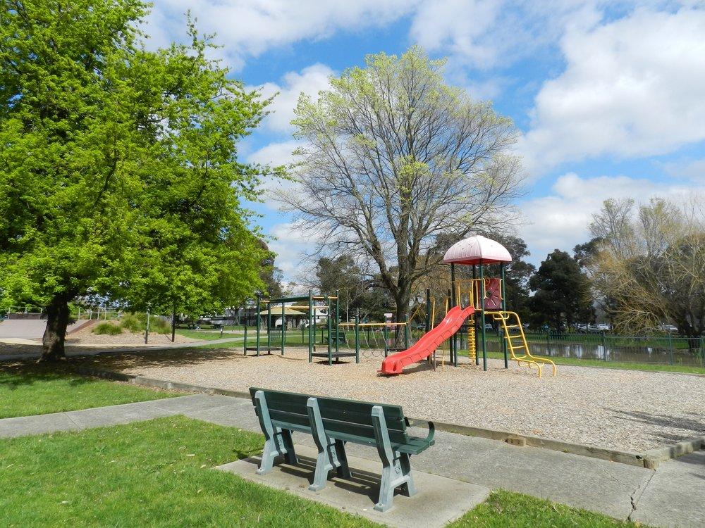 buchanan-parkparksparks-in-melbourneskate-parks-vi41.JPG