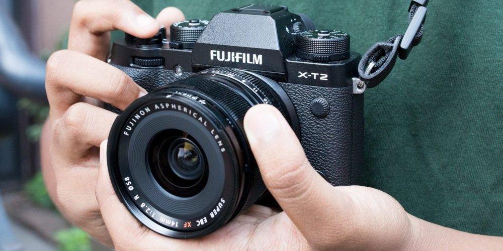 mirrorless-camera-2x1-fullres-2024-1024x512.jpg