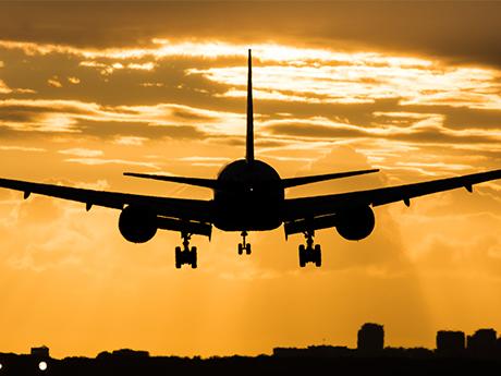airline-landing.jpg