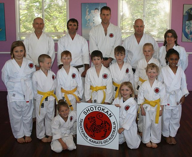 Group shot of members training with Sensei Adam at Theodore Dojo in 2015⠀⠀⠀⠀⠀⠀⠀⠀⠀ ⠀⠀⠀⠀⠀⠀⠀⠀⠀ #karatelife #karatelifestyle #karatetraining #shotokan #shotokankarate #shotokankaratedo #traditionalkarate #karate #karatedo #karateka
