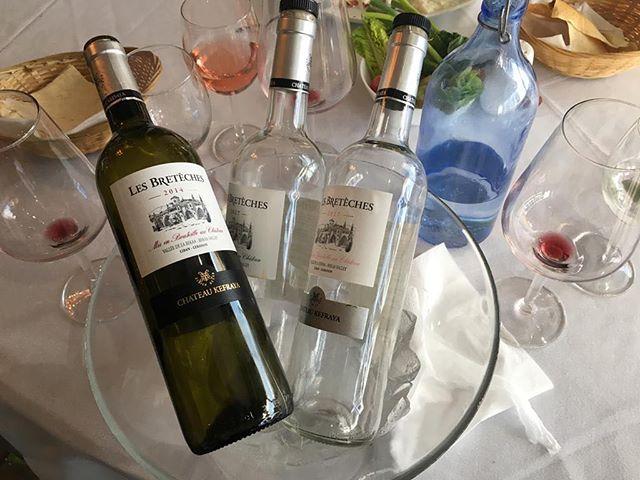 What happens at Beit Beirut on Saturday nights stays at Beit Beirut! 😉 . . Saturday nights! . . . #beitbeirut #beitbeirutwoking #saturdaynight #party #wine #lesbretêches #chateaykefraya #kefrayawine #drink #lebanesewine #winelovers #redwine #rosewine #whitewine #bottles #emptybottles #dinner #happy #lebaneserestaurant #lebanesecuisine #toplondonrestaurant #londonfood #woking #surrey #welovewoking