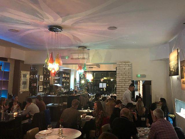 Busy Friday! 😉 . . #beitbeirut #beitbeirutwoking #lebanesefood #fridaynight #fridaynightdinner #busynight #diningout #dinner #diner #eating #dining #weekend #weekendout #lebaneserestaurant #toplondonrestaurants #london #lebanon #woking #surrey