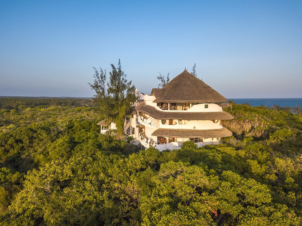 029_Low_Res_Watamu_Treehouse_HandZaround_Feb_2018.jpg