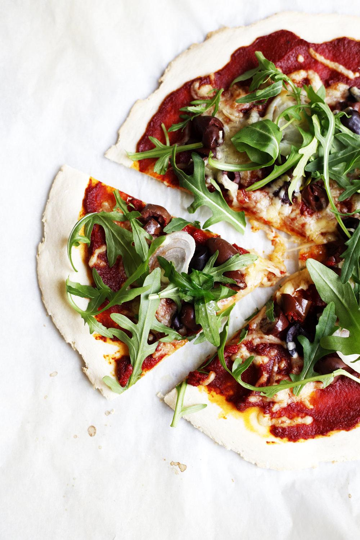 vegan and gf pizza food bandits