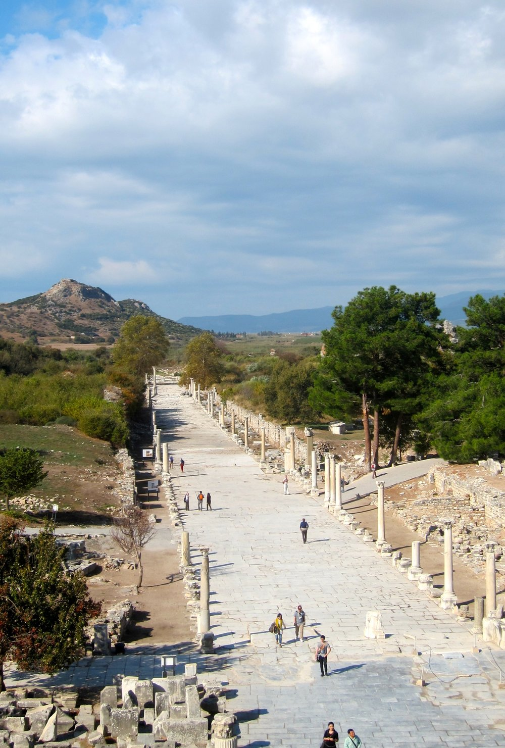 The ruins of Ephesus also sit among mountains and near the sea.