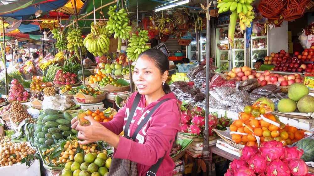 A Cambodian fruit lesson at the market.