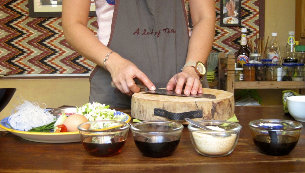 Yui demonstrating Stir Fried Vegetables with Glass Noodles