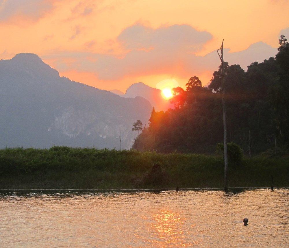 Chiew Larn Lake