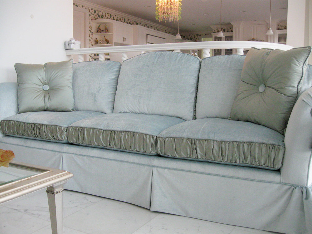 sofa (2).jpg