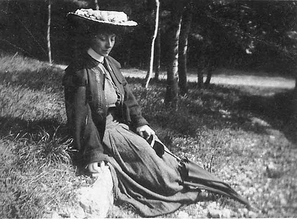 Jacqueline Marval, 1899