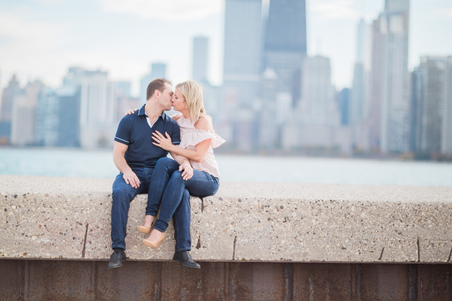 Chicago-Skyline-Engagement006.jpg