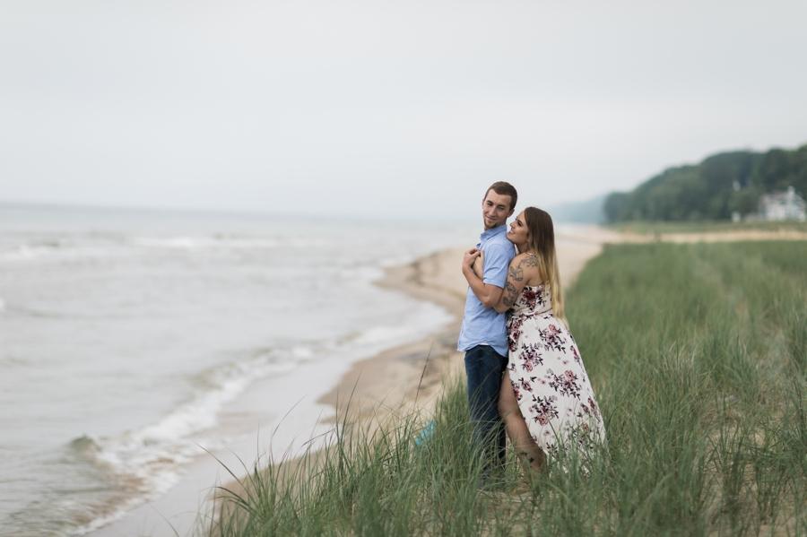 Lake-Michigan-Engagement008.jpg