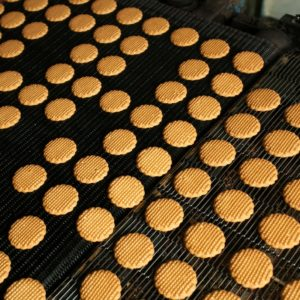 cookie-baking-tray-dry-ice-blasting.jpg