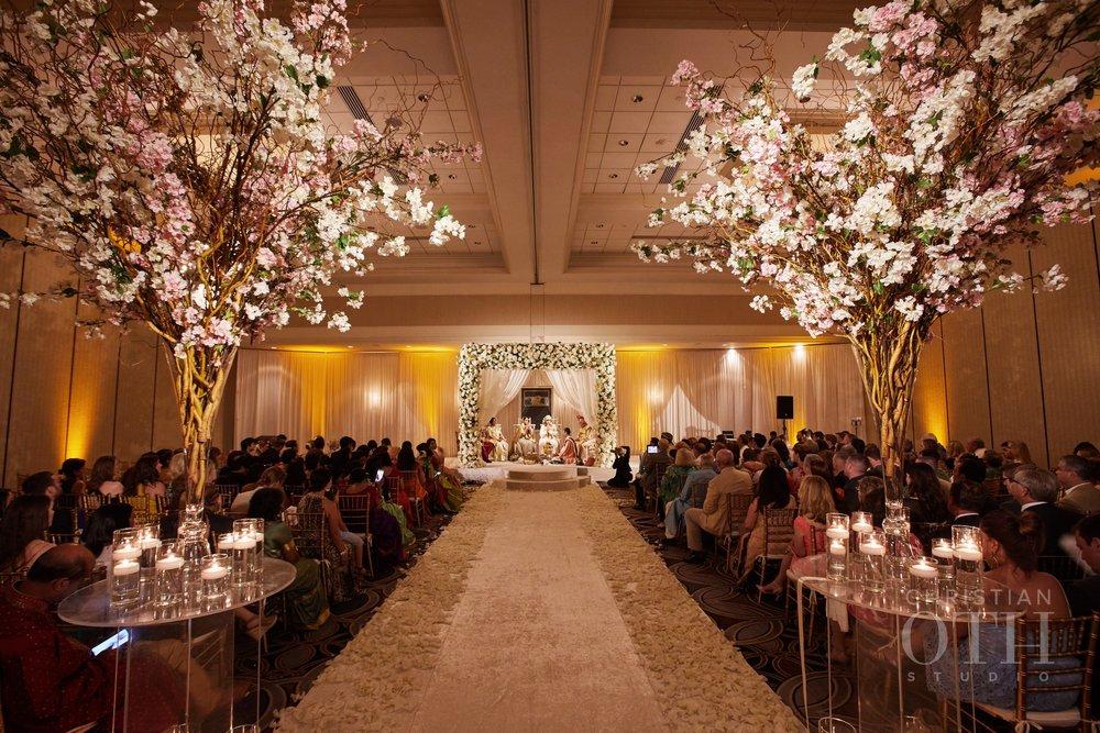 louisville-weddings-samantha-patrick-01.JPG
