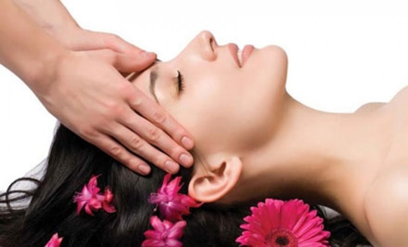 Valentine Classic Facial - Pamper someone special with Perfect Vous Classic Facial & Hand and foot relaxing Massage. $99